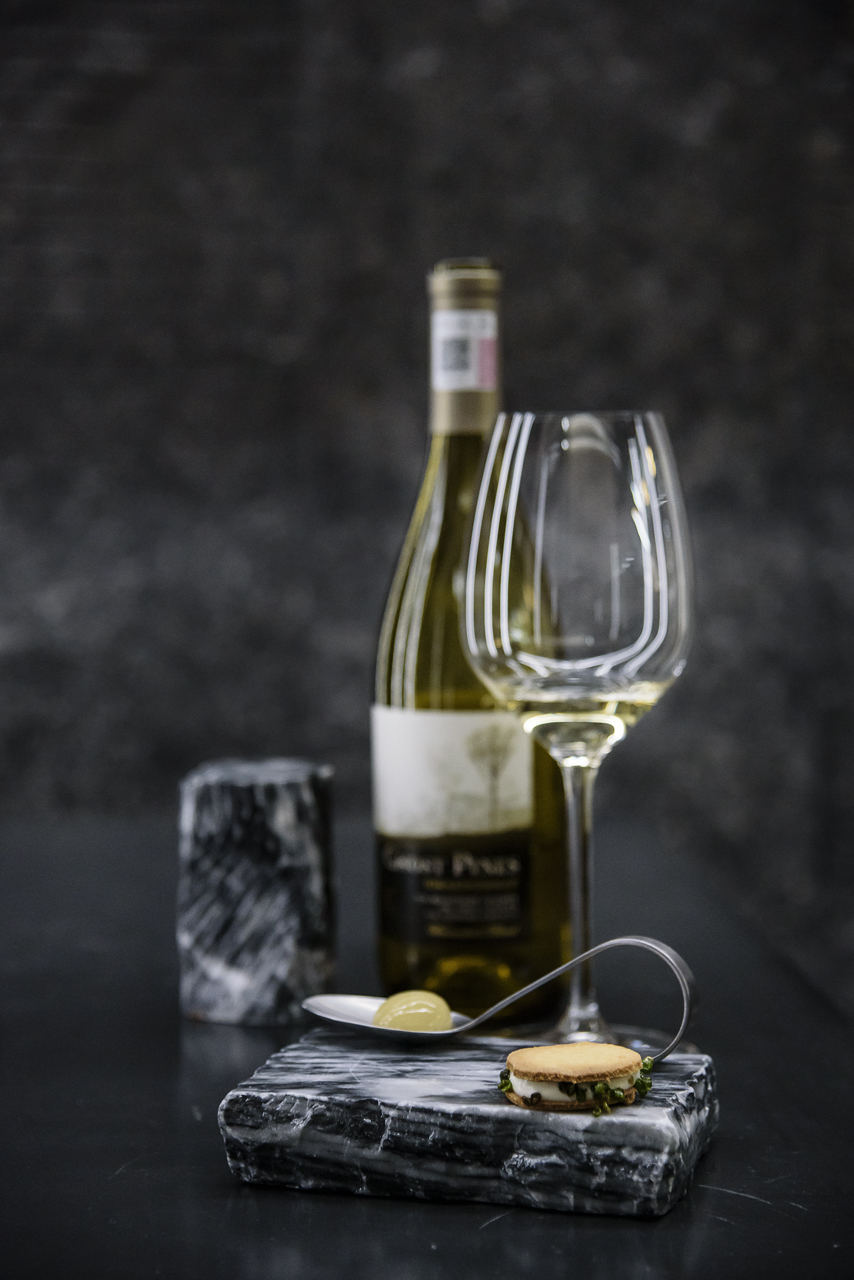 Food and product photography Enlaces Gastronomicos Sommsweek NoSo Ghost Pines Wine